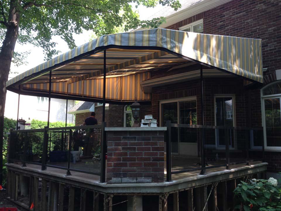 Rampes en aluminium 6 rampes balcons for Club piscine st jerome heure ouverture