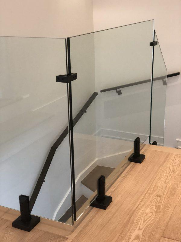 Spigot inox pour rampe en verre 12 mm