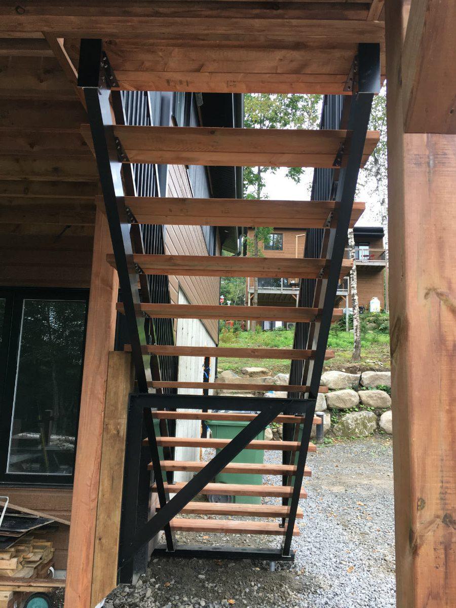 escalier bois traité saint-sauveur