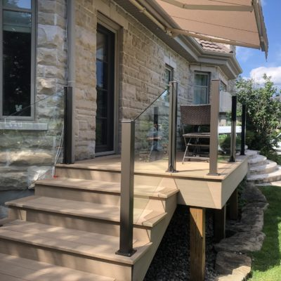 10mm glass railing in Saint-Sauveur