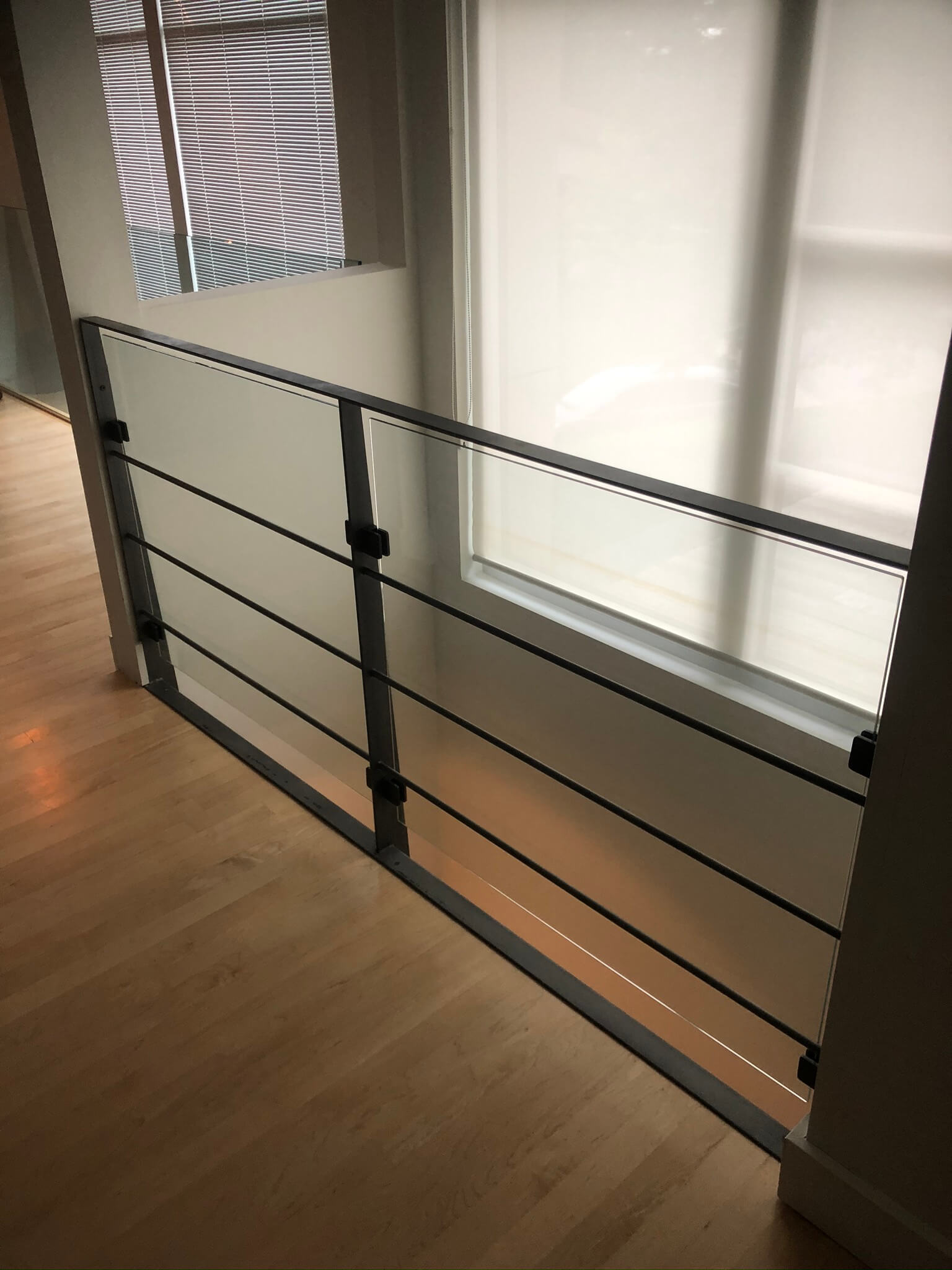 Interior railing in Dorval