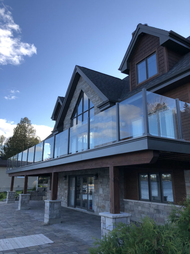 balconies, guardrails regulations
