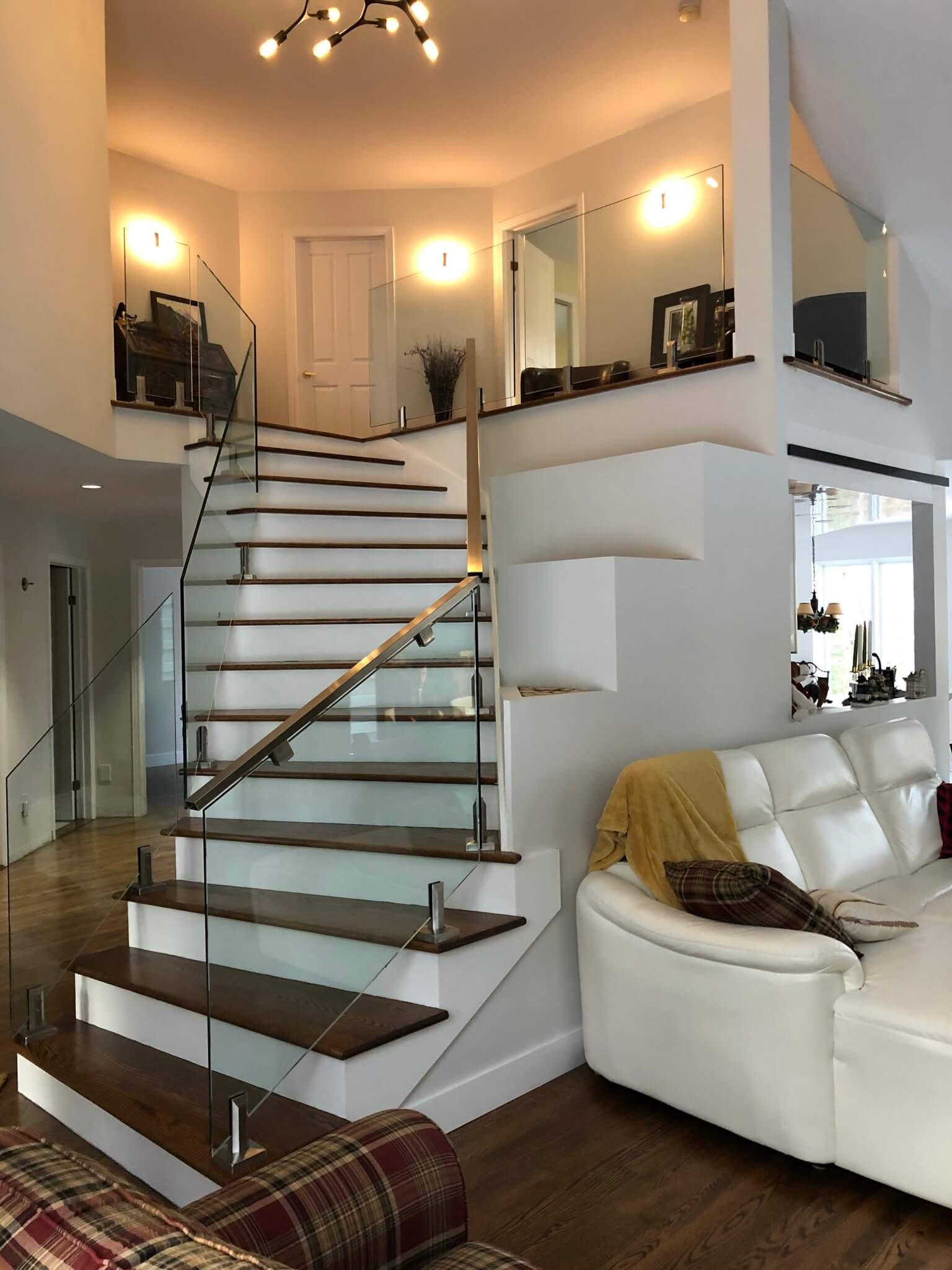 Glass railing staircase Piedmont 01