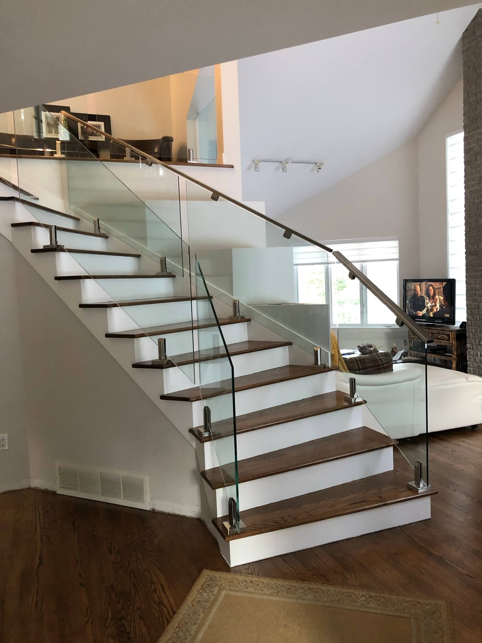 sturdy stringers staircase