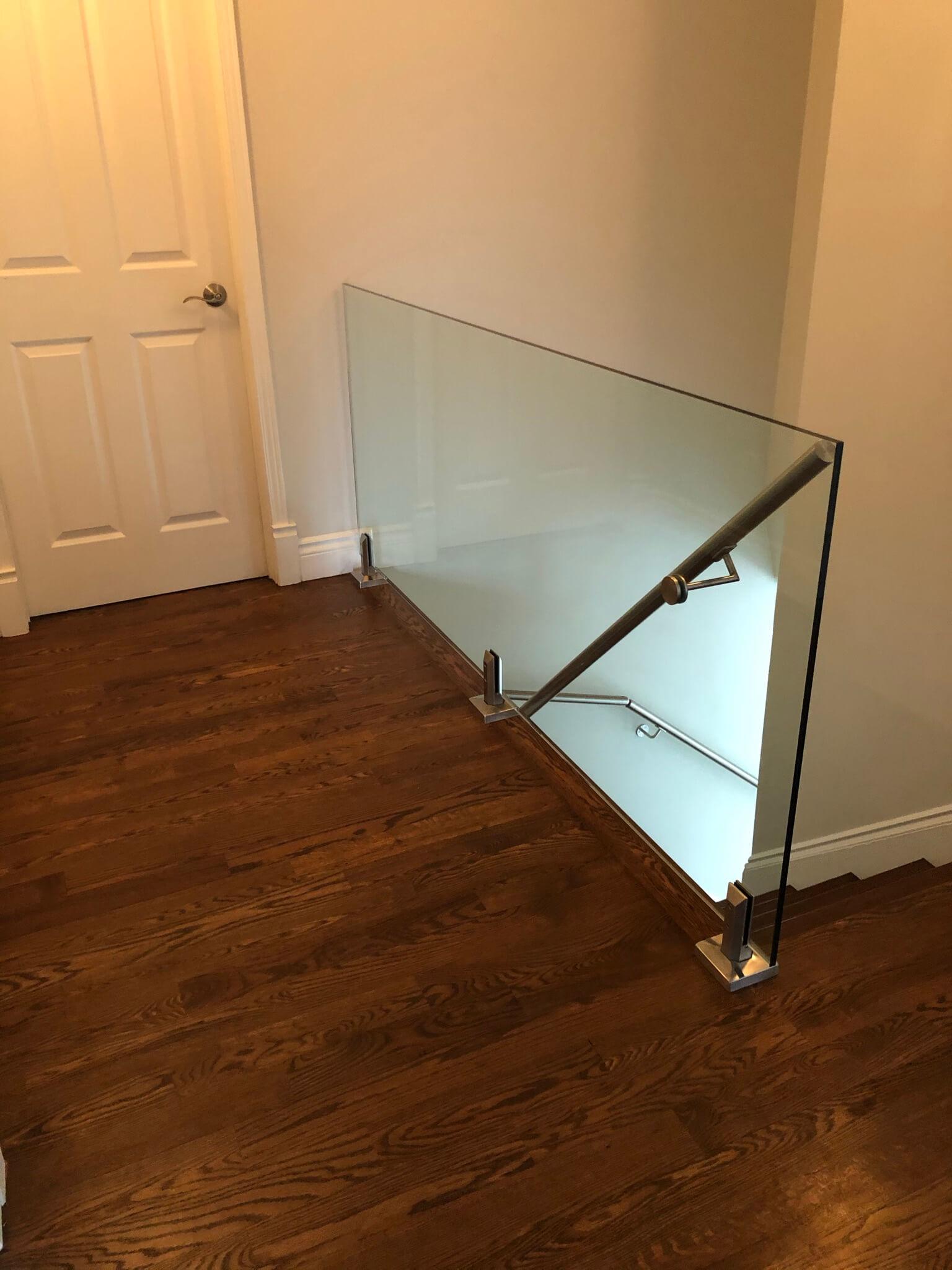 rampe intérieure en verre 02