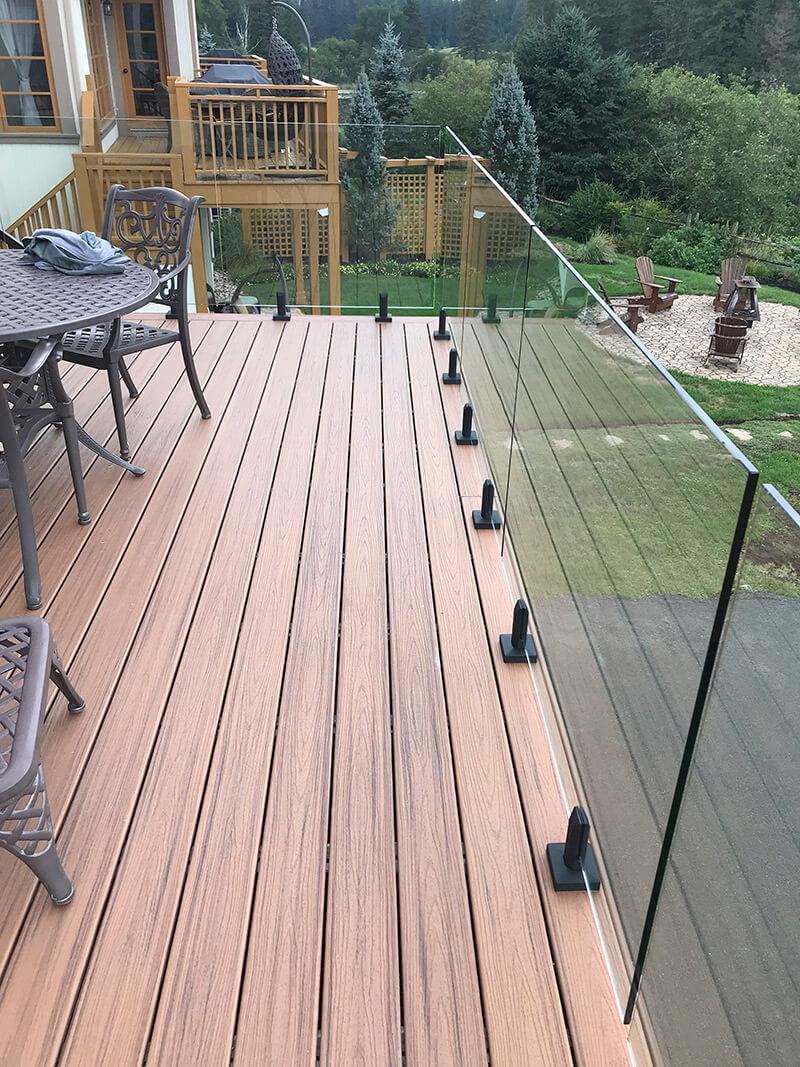 balcon en bois composite