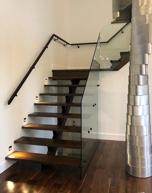 escalier avec limon central