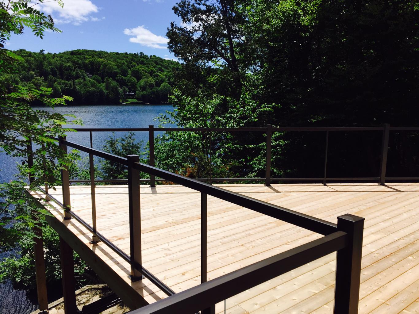 6-mm tempered glass railing 7